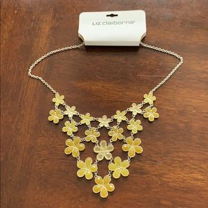 Liz Claiborne yellow necklace new